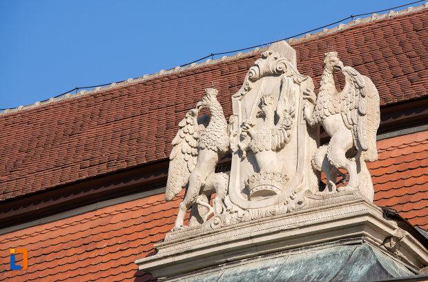 grup-statuar-de-pe-palatul-banffy-din-cluj-napoca-judetul-cluj.jpg