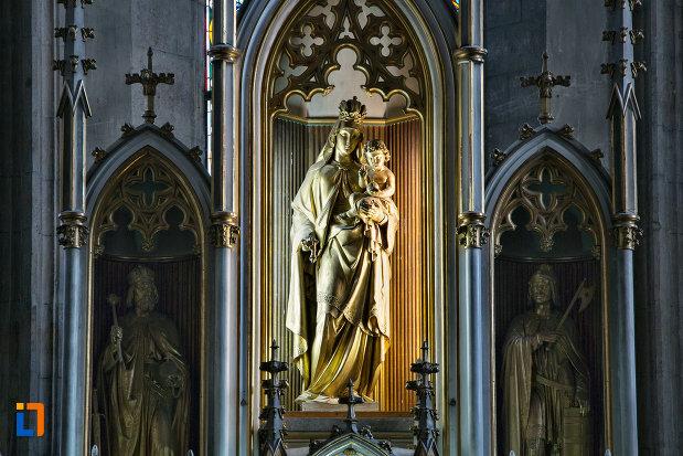 grup-statuar-din-biserica-sfantul-mihail-din-cluj-napoca-judetul-cluj.jpg