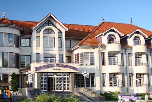 hotel-castel-sfantu-gheorghe.jpg
