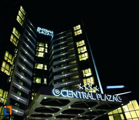 hotel-central-plaza-piatra-neamt.jpg