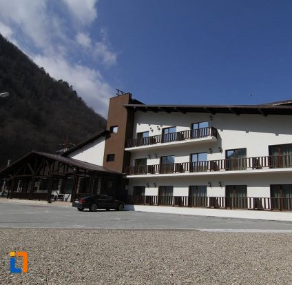 hotel-class-brezoi.jpg