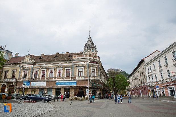 hotel-orient-din-deva-judetul-hunedoara-monument-arhitectonic.jpg