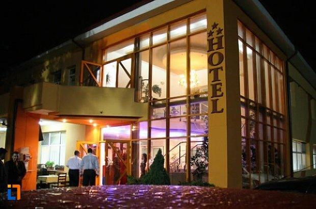 hotel-privighetoarea-slobozia.jpg