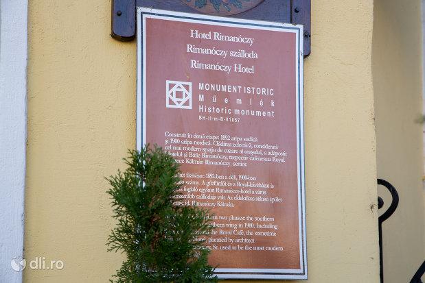 hotel-rimanoczy-din-oradea-judetul-bihor-monument-istoric.jpg