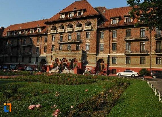 hotelul-triumf-bucuresti.jpg
