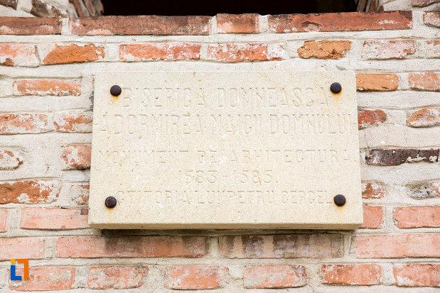 hramul-de-la-biserica-domneasca-adormirea-maicii-domnului-din-targoviste-judetul-dambovita.jpg