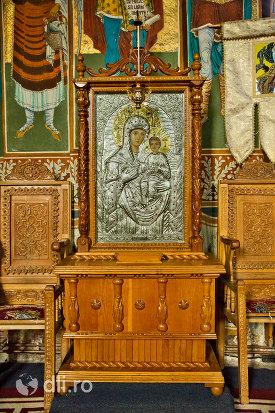 icoana-in-relief-manastirea-sfintii-apostoli-petru-si-pavel-din-bixad-judetul-satu-mare.jpg