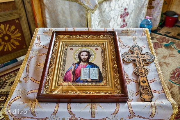 icoana-si-cruce-de-la-manastirea-izbuc-din-valea-lui-mihai-judetul-bihor.jpg