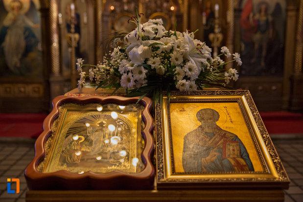 icoane-din-biserica-ortodoxa-sf-nicolae-din-cluj-napoca-judetul-cluj.jpg