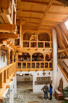 icoane-din-muzeul-de-la-manastirea-barsana-judetul-maramures.jpg