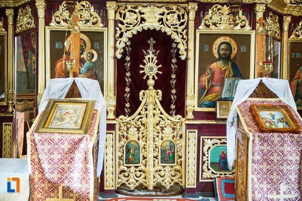 iconostasuri-din-biserica-sf-nicolae-din-buzau-judetul-buzau.jpg