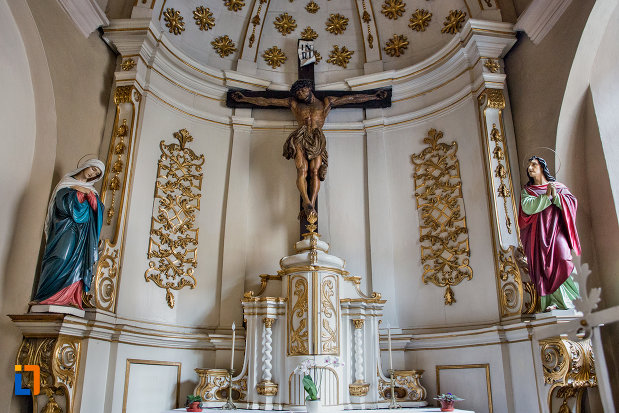 iisus-rastignit-pe-cruce-biserica-franciscana-din-cluj-napoca-judetul-cluj.jpg