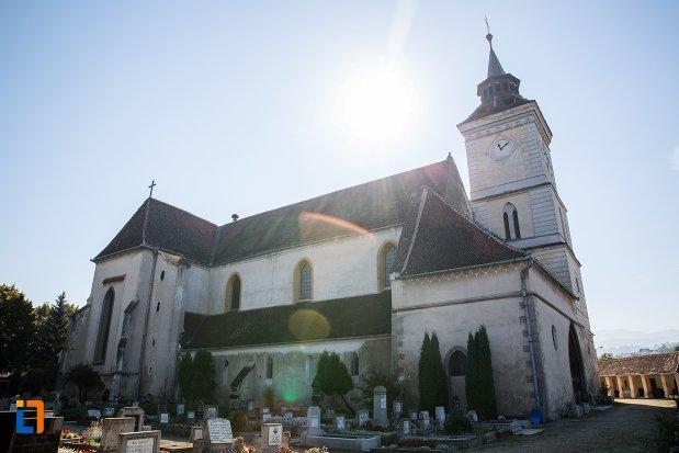 imagine-apropiata-cu-biserica-sfantul-bartolomeu-din-brasov-judetul-brasov.jpg