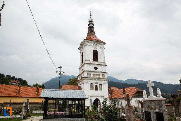imagine-cu-ansamblul-bisericii-sf-adormire-a-maicii-domnului-din-turches-sacele-judetul-brasov.jpg