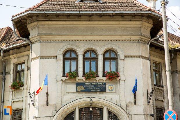 imagine-cu-banca-nationala-azi-biblioteca-judeteana-mihai-eminescu-din-botosani-judetul-botosani.jpg