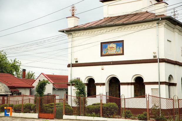 imagine-cu-biserica-adormirea-maicii-domnului-din-bailesti-judetul-dolj.jpg