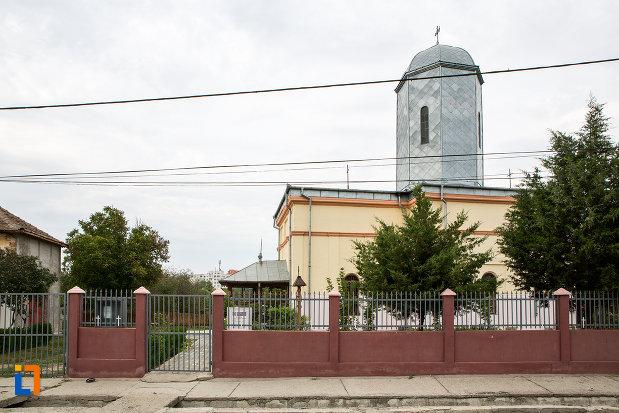 imagine-cu-biserica-adormirea-maicii-domnului-din-slobozia-judetul-ialomita.jpg