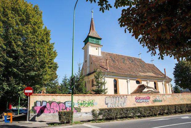 imagine-cu-biserica-evanghelica-maghiara-blumana-din-brasov-judetul-brasov.jpg