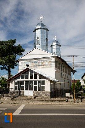 imagine-cu-biserica-intrarea-in-biserica-a-maicii-domnului-sf-trei-ierarhi-alba-sau-a-judetului-1632-din-targoviste-judetul-dambovita.jpg