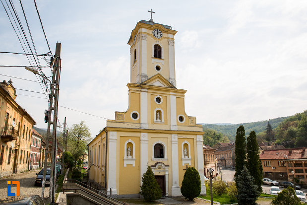 imagine-cu-biserica-romano-catolica-din-oravita-judetul-caras-severin.jpg