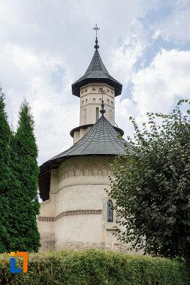 imagine-cu-biserica-sf-nicolae-prajescu-1611-din-suceava-judetul-suceava.jpg