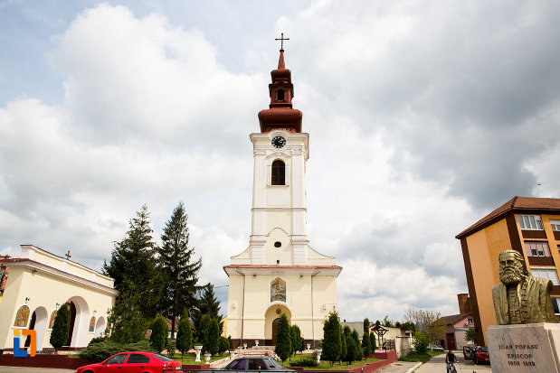 imagine-cu-catedrala-sf-gheorghe-din-caransebes-judetul-caras-severin.jpg