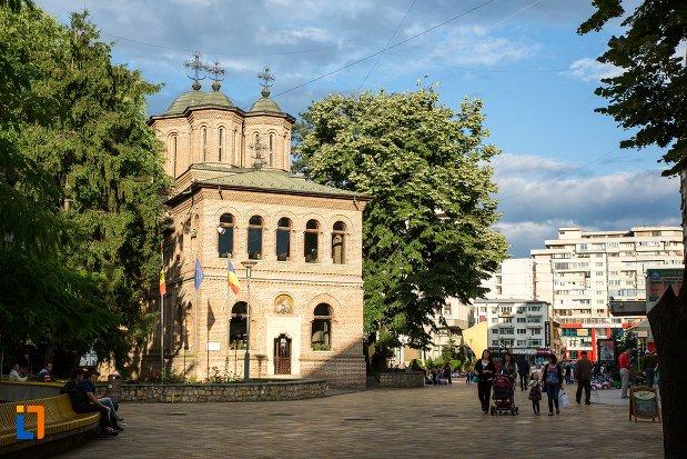 imagine-cu-catedrala-sf-gheorghe-din-pitesti-judetul-arges.jpg