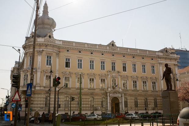 imagine-cu-fostul-palat-al-administratiei-din-arad-judetul-arad.jpg