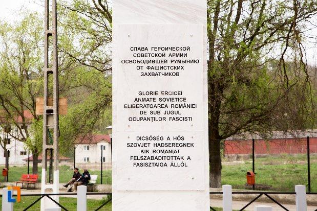 imagine-cu-mesajul-de-la-monumentul-atmatei-sovietice-eliberatoare-din-ocna-mures-judetul-alba.jpg