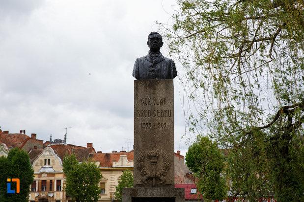 imagine-cu-monumentul-lui-coriolan-brediceanu-din-lugoj-judetul-timis.jpg