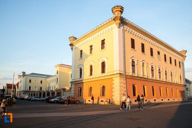imagine-cu-muzeul-national-al-unirii-din-alba-iulia-judetul-alba.jpg