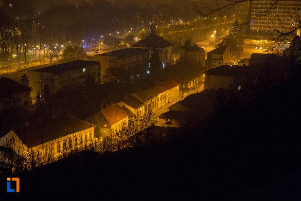 imagine-cu-orasul-cluj-napoca-judetul-cluj-noaptea.jpg