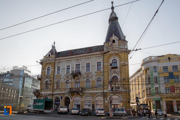 imagine-cu-palatul-elian-din-cluj-napoca-judetul-cluj.jpg