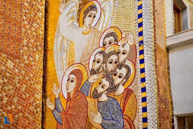 imagine-cu-sfinti-biserica-orthodox-schimbarea-la-fata-din-cluj-napoca-judetul-cluj.jpg