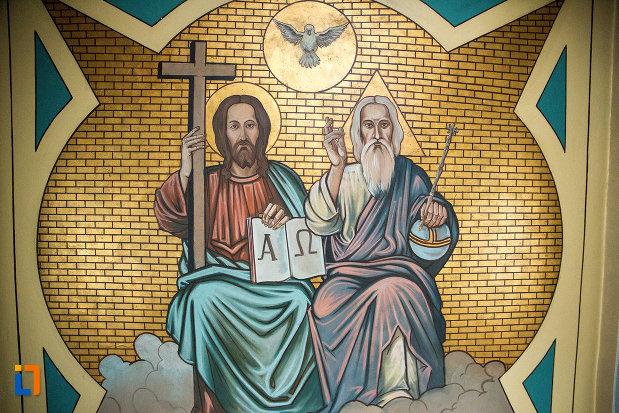 imagine-cu-sfinti-biserica-romano-catolica-sf-anton-din-craiova-judetul-dolj.jpg