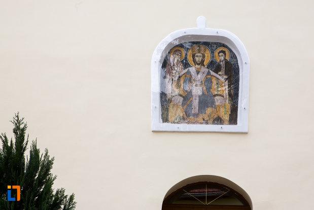 imagine-cu-sfinti-catedrala-sf-gheorghe-din-caransebes-judetul-caras-severin.jpg
