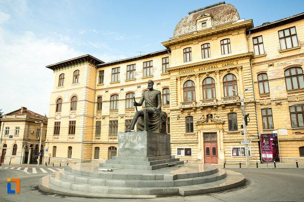imagine-cu-statuia-lui-carol-i-din-craiova-judetul-dolj.jpg