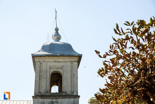 imagine-cu-turnul-de-la-biserica-cuvioasa-paraschiva-din-stefanesti-judetul-botosani.jpg