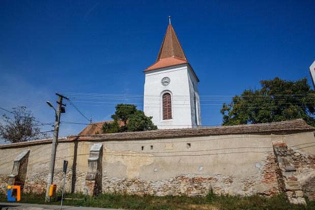 imagine-cu-turnul-de-la-biserica-evanghelica-din-ocna-sibiului-judetul-sibiu.jpg