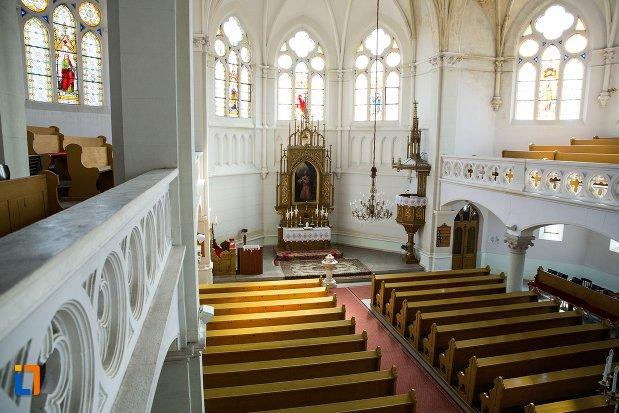 imagine-de-pe-balconul-din-biserica-evanghelica-din-1906-din-arad-judetul-arad.jpg