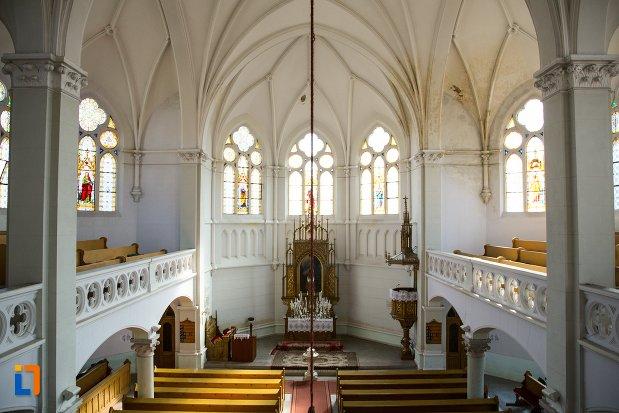 imagine-din-interiorul-bisericii-evanghelice-din-1906-din-arad-judetul-arad.jpg