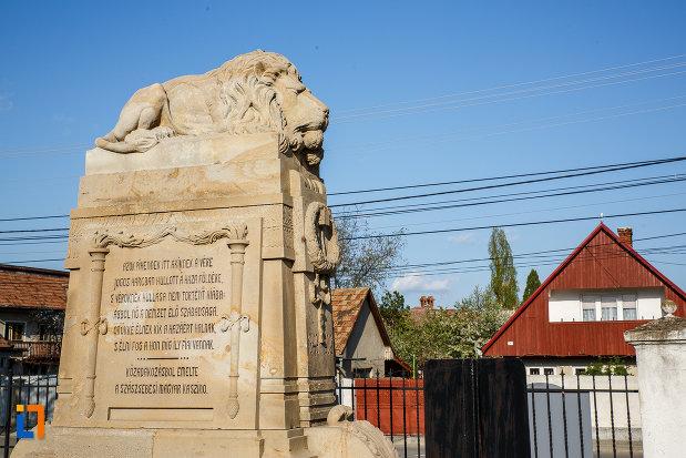 imagine-din-lateral-cu-monumentul-eroilor-revolutiei-de-la-1848-1849-din-sebes-judetul-alba.jpg