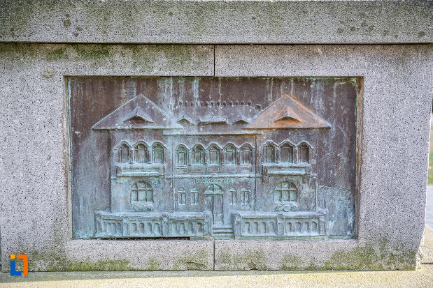 imagine-in-relief-de-pe-bustul-lui-nicolae-hentiu-din-saliste-judetul-sibiu.jpg