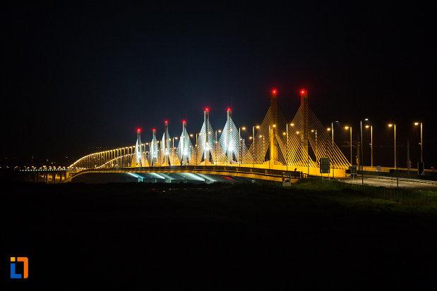 imagine-nocturna-cu-podul-din-calafat-judetul-dolj.jpg