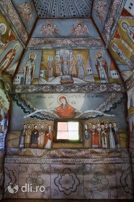 imagini-biblice-biserica-din-muzeul-satului-osenesc-din-negresti-oas-judetul-satu-mare.jpg