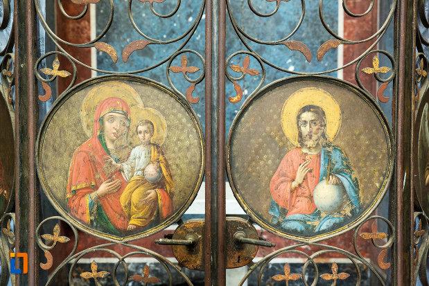 imagini-biblice-din-mausoleul-familiei-filisanu-din-filiasi-judetul-dolj.jpg