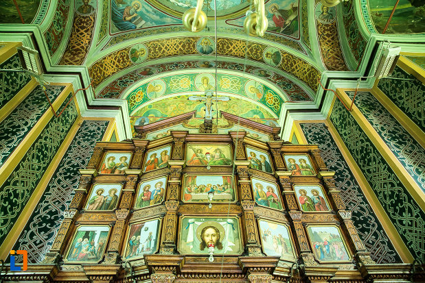 imagini-cu-dfinti-biserica-sf-nicolae-din-slatina-judetul-olt.jpg