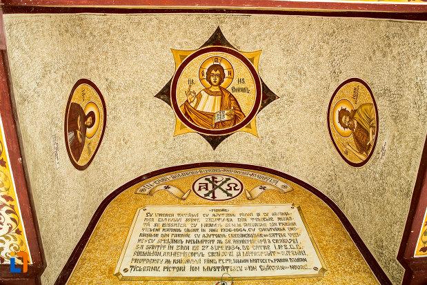 imagini-cu-sfinti-biserica-noua-din-ticleni-judetul-gorj.jpg