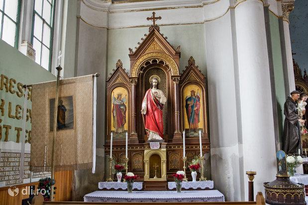 imagini-din-biserica-romano-catolica-sf-anton-din-oradea-judetul-bihor.jpg