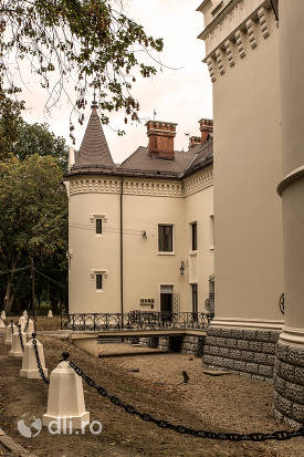in-spate-la-castelul-karolyi-din-carei.jpg